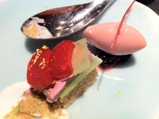 blackberry compote and spice cake at l'atelier de joel robuchon las vegas