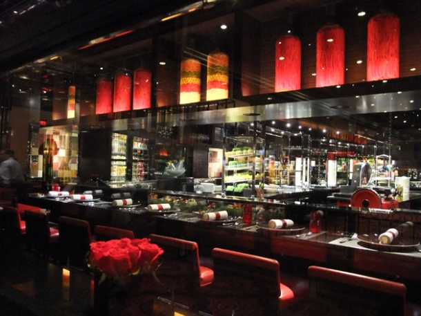 the decor at l'atelier joel robuchon las vegas