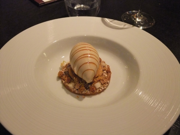 brown bread ice cream at dinner by heston blumenthal