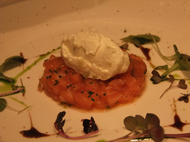 salmon tartare at babbo london