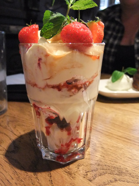 sloe gin eton mess at the crown and sceptre