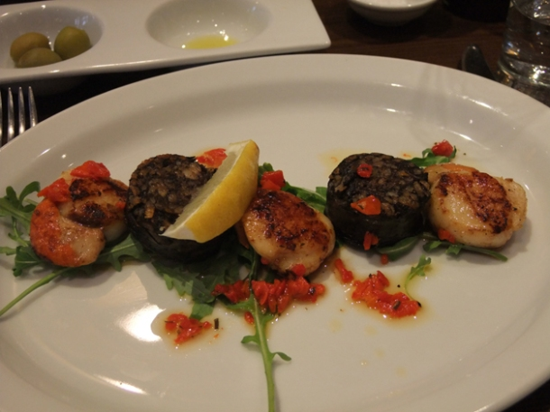 scallops and black pudding at about thyme