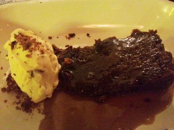 sticky toffee pudding at pitt cue soho