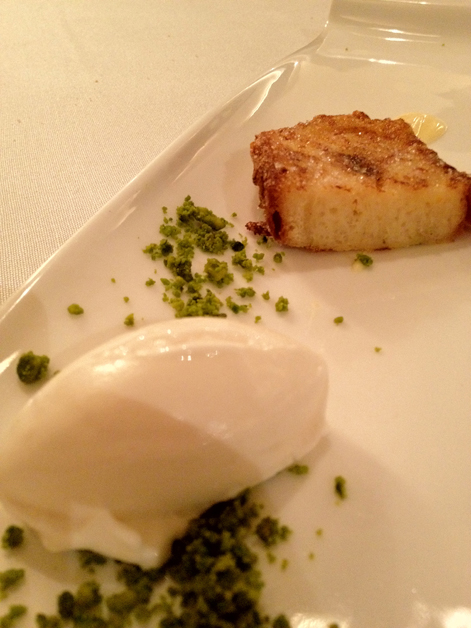 torrija with lemon and cheese ice cream at manairo