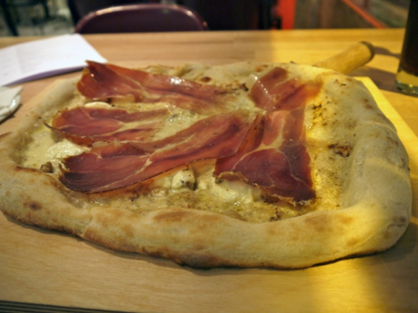 speck, mascarpone, mozzarella and walnut pizza at meter old street