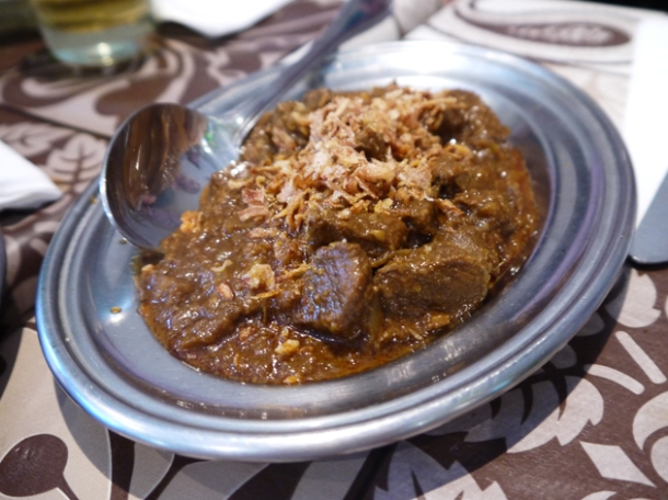 pickle style lamb curry at mandalay