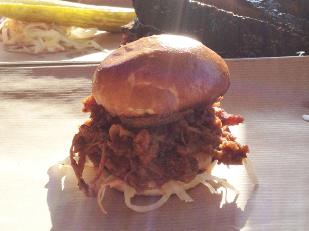 pulled pork slider at dukes brew and que hackney