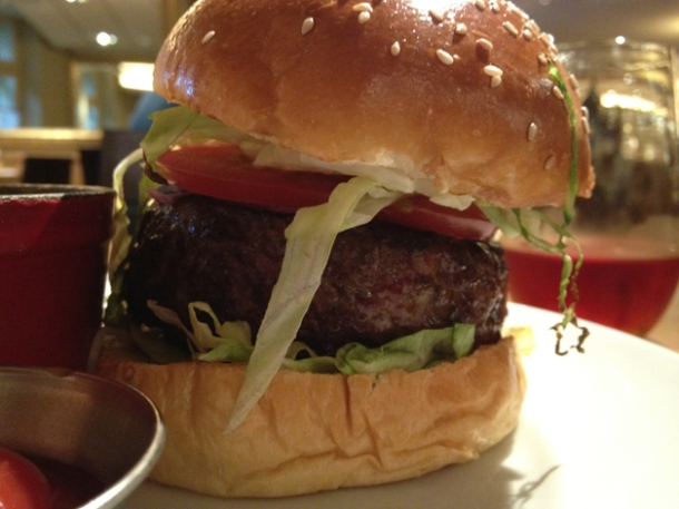 bar boulud yankee burger