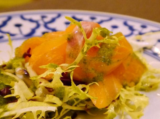 salmon sashimi with thai pesto at naamyaa cafe