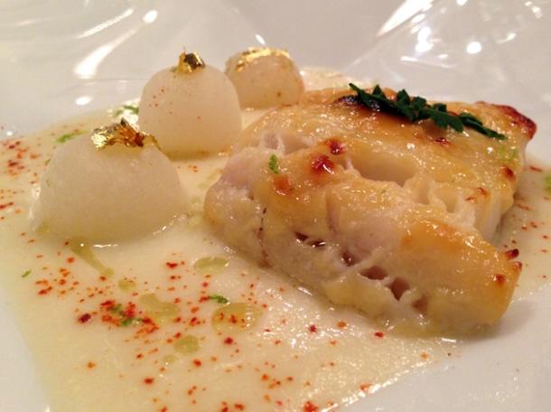 black cod at la cuisine de joel robuchon