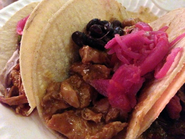 chicken taco at buen provencho