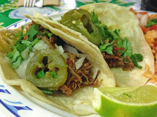 beef tacos at picante grill
