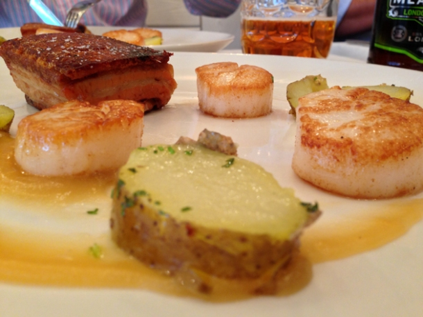 scallops with pork belly at bonnie gull