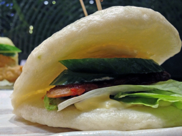 pork hirata bun at shoryu