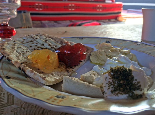 desert breakfast in wadi rum