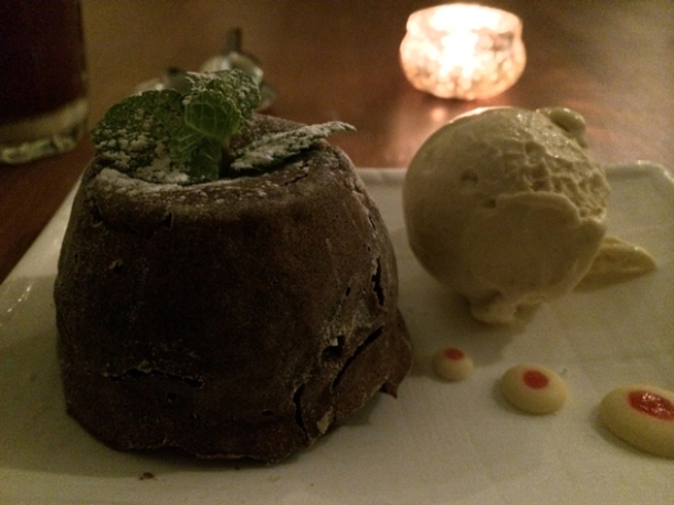 chocolate cake at house of ho
