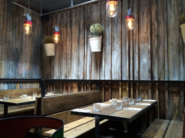 barnyard restaurant interior london