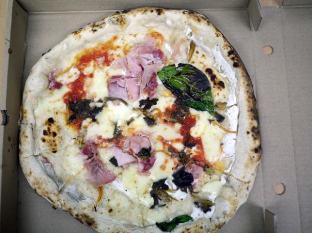 gloucester old spot ham, mozzarella, ricotta and mushrooms pizza from franco manca