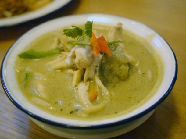 green chicken curry at rosa's cafe carnaby street