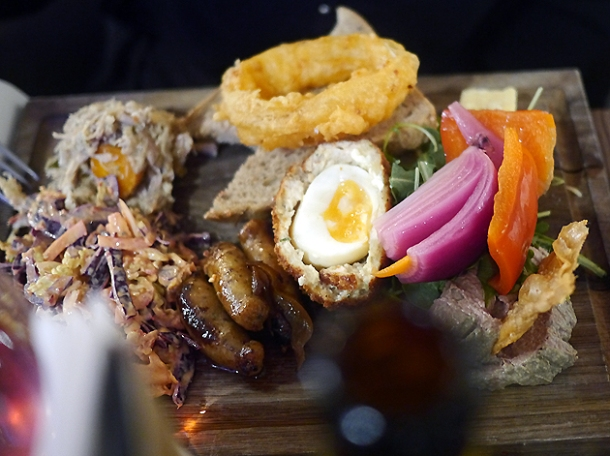 ploughman's dinner at whyte and brown