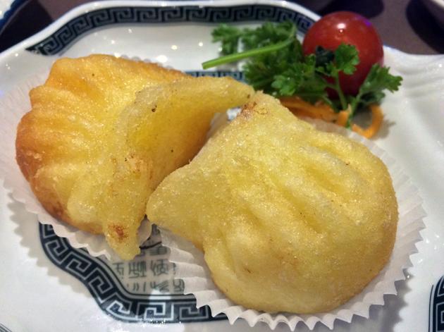 crispy lobster dumplings at phoenix palace