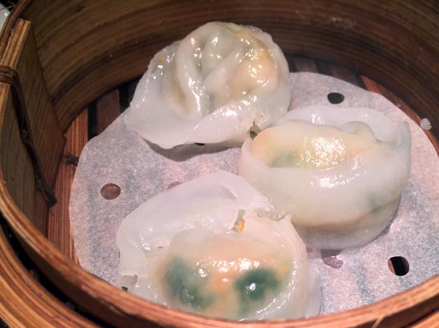 scallop and prawn dumplings at dim t