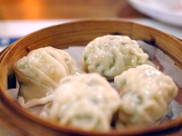 shrimp and leek dumplings at drunken monkey