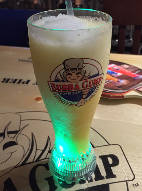 iced mango drink at bubba gump