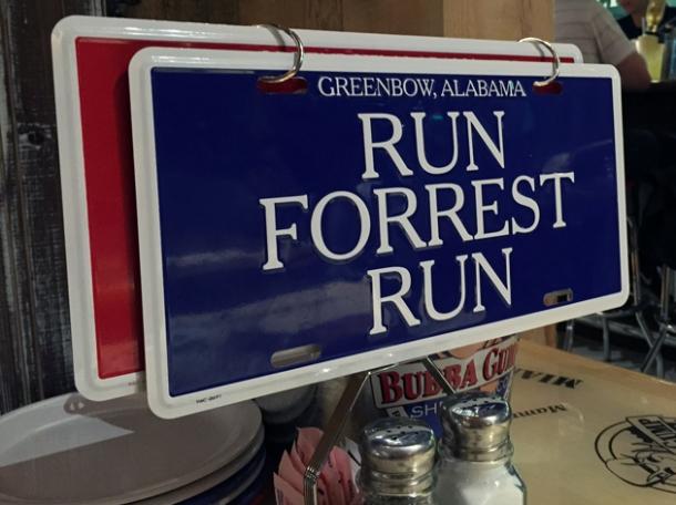table signs at bubba gump