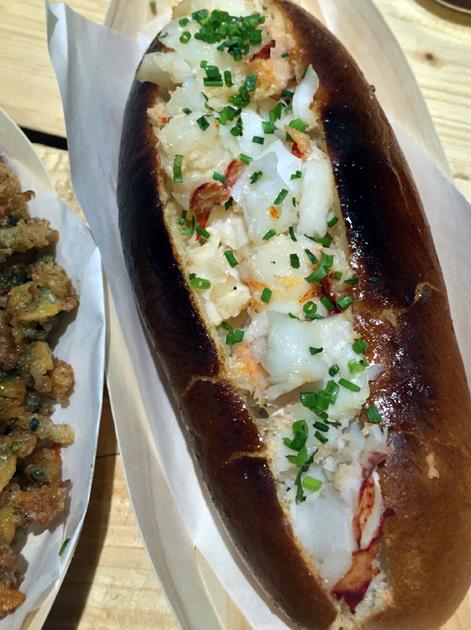 skinny lobster roll at lobster kitchen