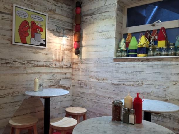 decor fraq's lobster shack