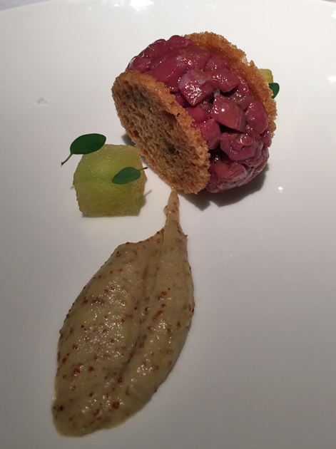 duck tartare sandwich with mustard and apple at pipero al rex