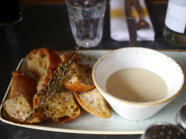fondue at le chalet