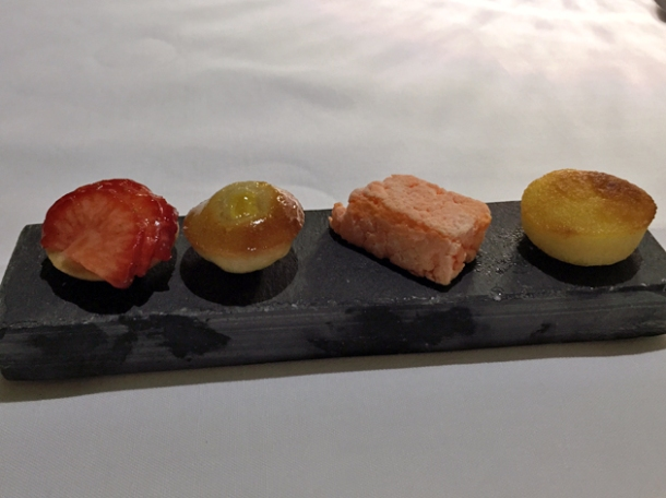 petit fours at all'oro