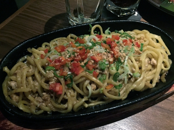 garlic fried noodles at kintan