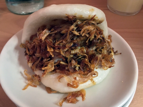 pork confit hirata bun at bao london