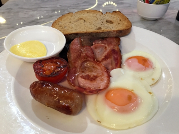 full english breakfast at the perfectionists' cafe heathrow terminal 2