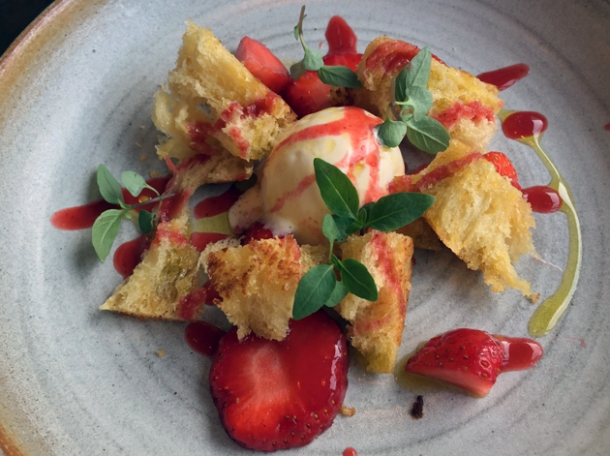 strawberry panzanella at pidgin