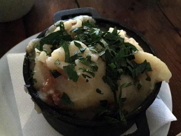 bone marrow mash at rök