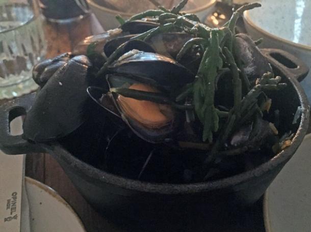 mussels at rök