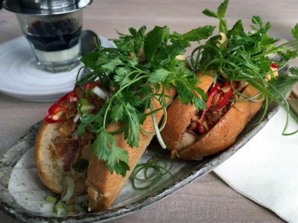 sit-in banh mi at little viet kitchen