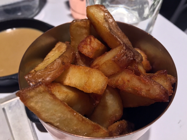 fondue fries at le bab