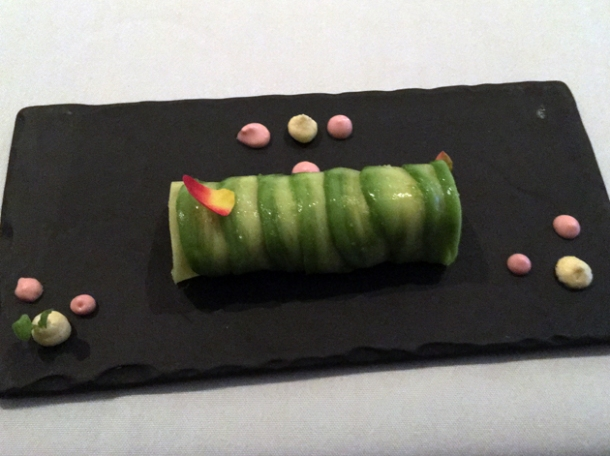 salmon tartrate cannelloni with chipotle sauce at benzuza
