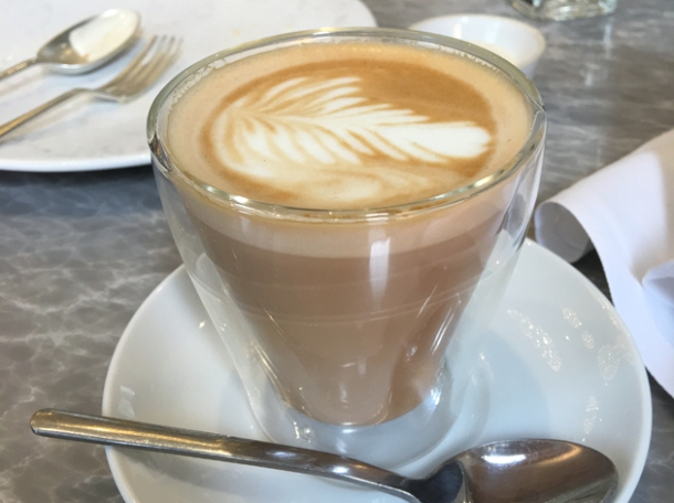 flat white at dickie fitz