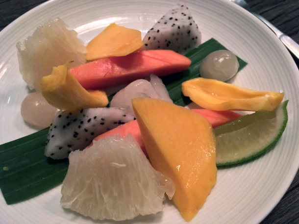 fruit plate at som saa whitechapel