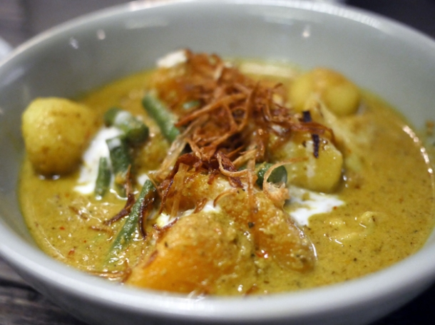 yellow potato and butternut squash curry at som saa spitalfields
