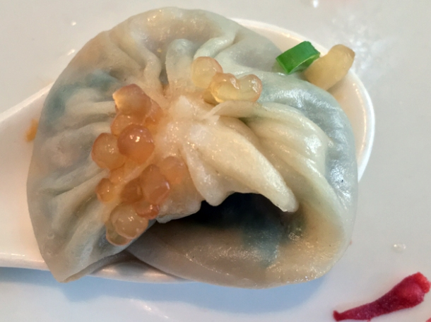 xiao long bao at a wong