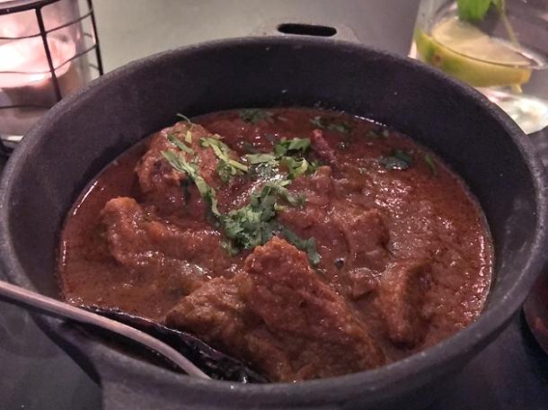 lamb curry at calcutta street