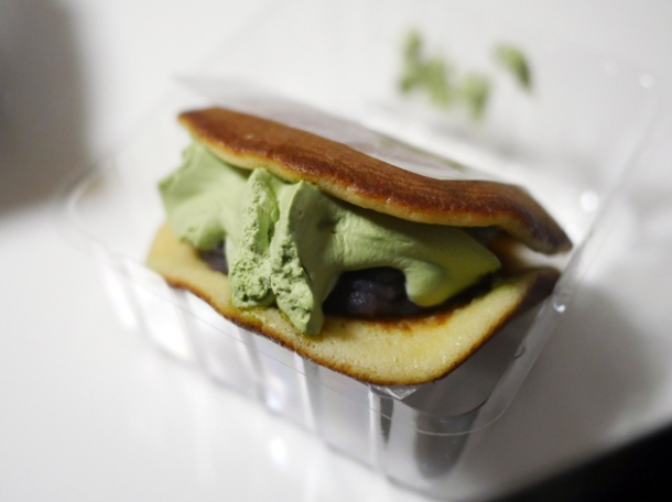 green tea ice cream dorayaki from lawson