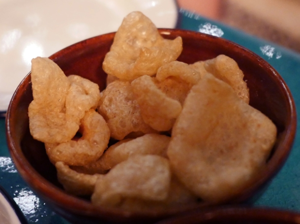 pork scratchings at el pastor